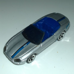 Hot Wheels Jaguar xk8 cabriolet silver blue stripe loose vgc